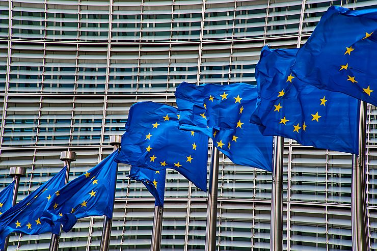 RECENTI SVILUPPI LEGISLATIVI E GIURISPRUDENZIALI IN MATERIA DI MANDATO DI ARRESTO EUROPEO – DI ANDREA VENEGONI