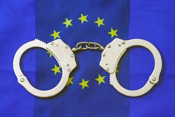 MANDATO D'ARRESTO EUROPEO – DECRETO LEGISLATIVO N. 10 DEL 2021 – Nota a sentenza Cass. pen., Sez. VI Penale, n. 14220 del 2021 – DI DONATELLA IANELLI E ALESSIA BERTOZZI